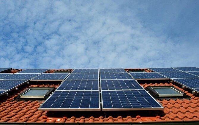 Pemanfaatan Solar Panel